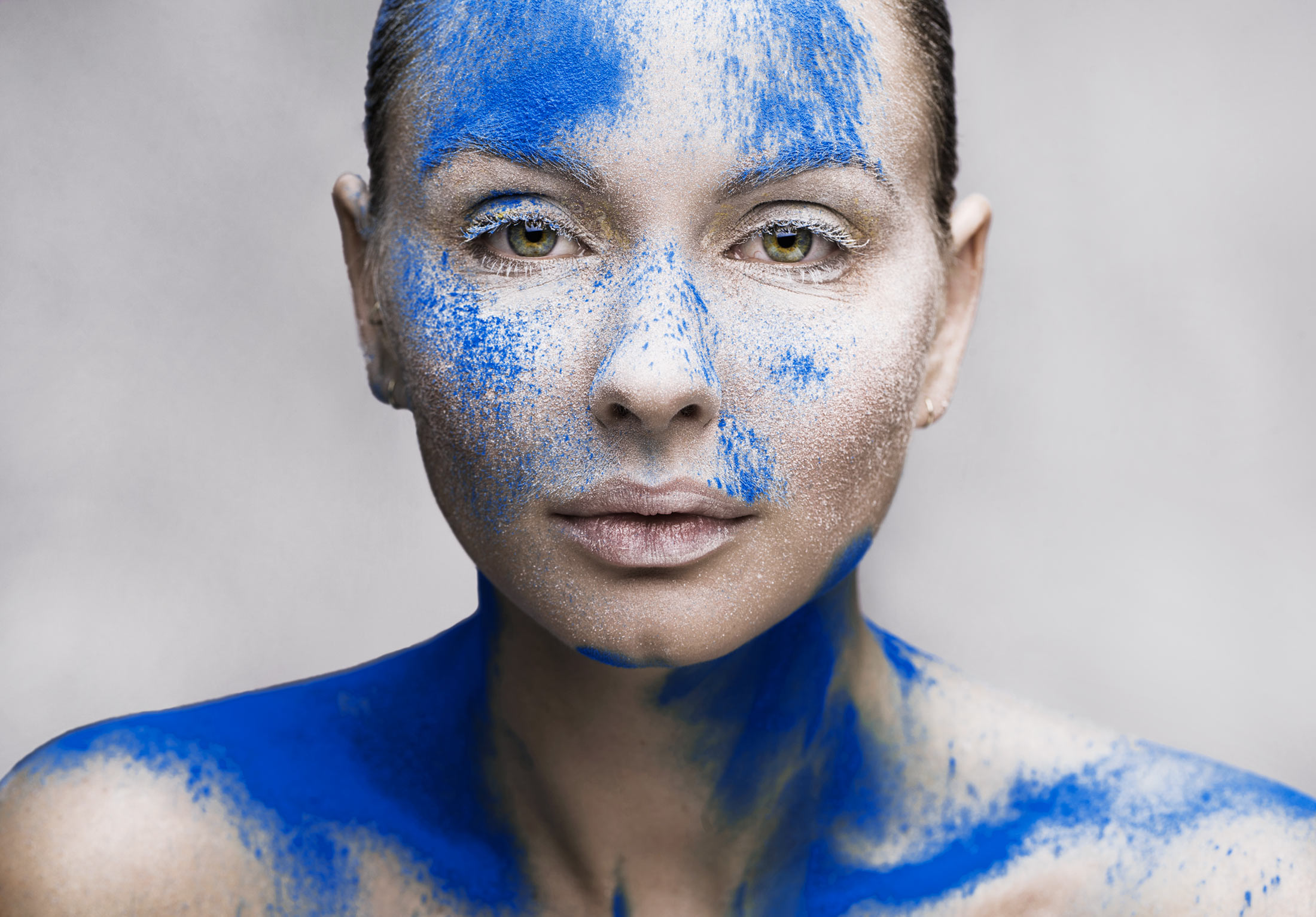 Chad_Riley_Beauty_Blue_Paint