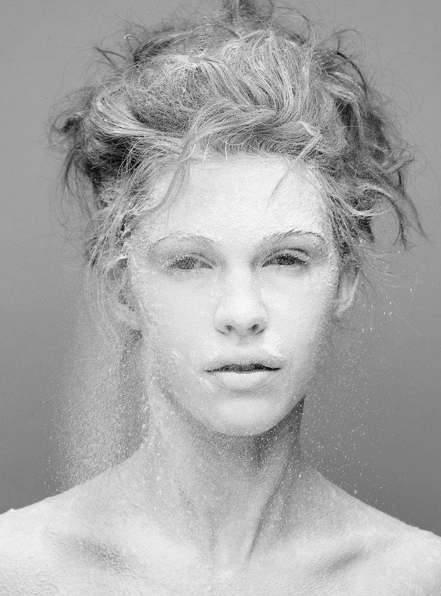 beauty_powder_portrait_chad_Riley_nude_Yulia